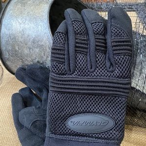 NWT Olympia Air Force Gel Black Gloves Size S